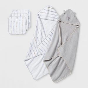 Baby Bear Towel and Washcloth Set - Cloud Island™ Gray One Size
