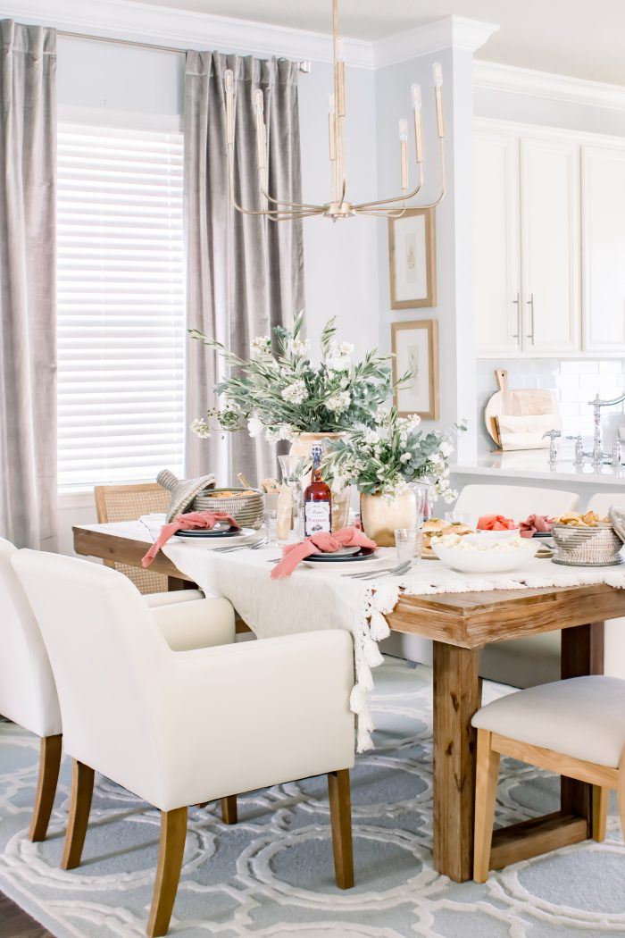 5 Dinner Party Styling Tips When You Aren't a Designer