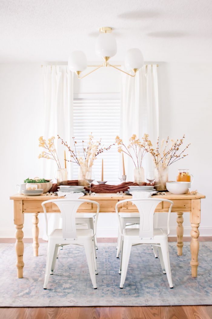 How to Set an Intimate Fall Tablescape