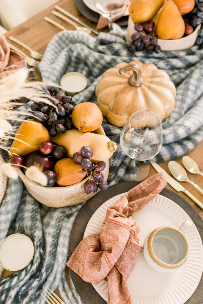 intimate thanksgiving tablescape