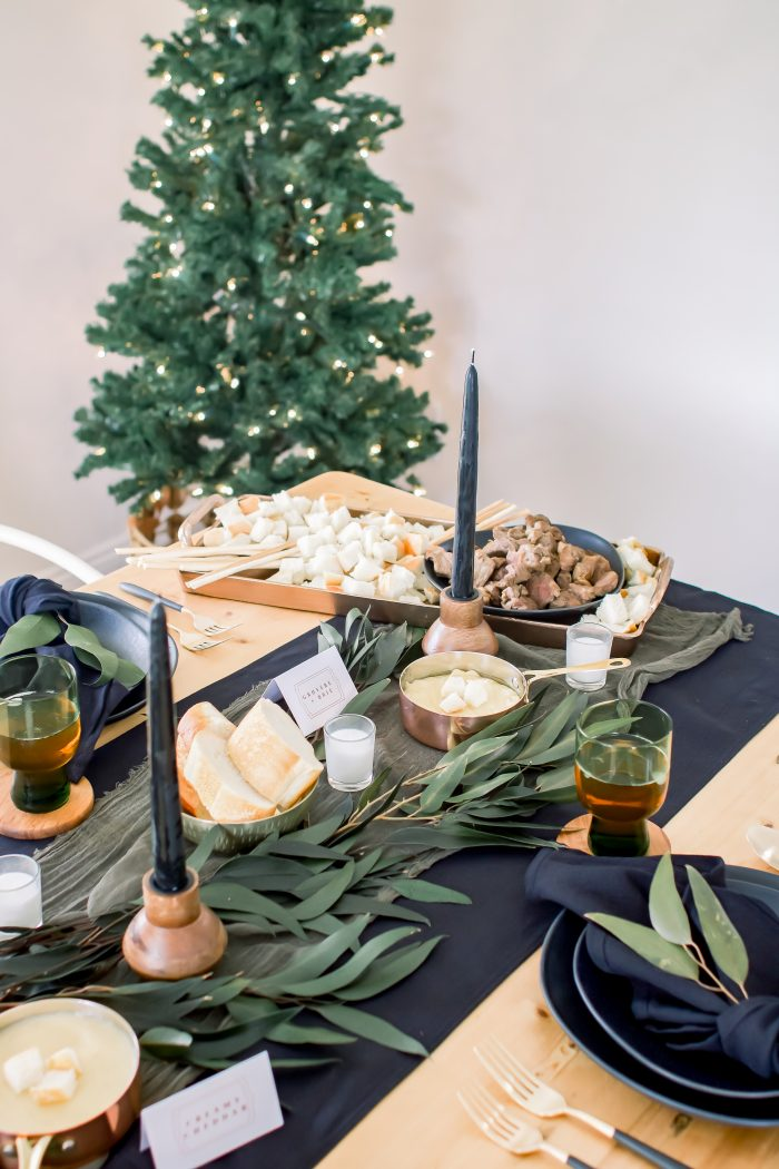 The Simplest Winter Tablescape You Will Ever Set
