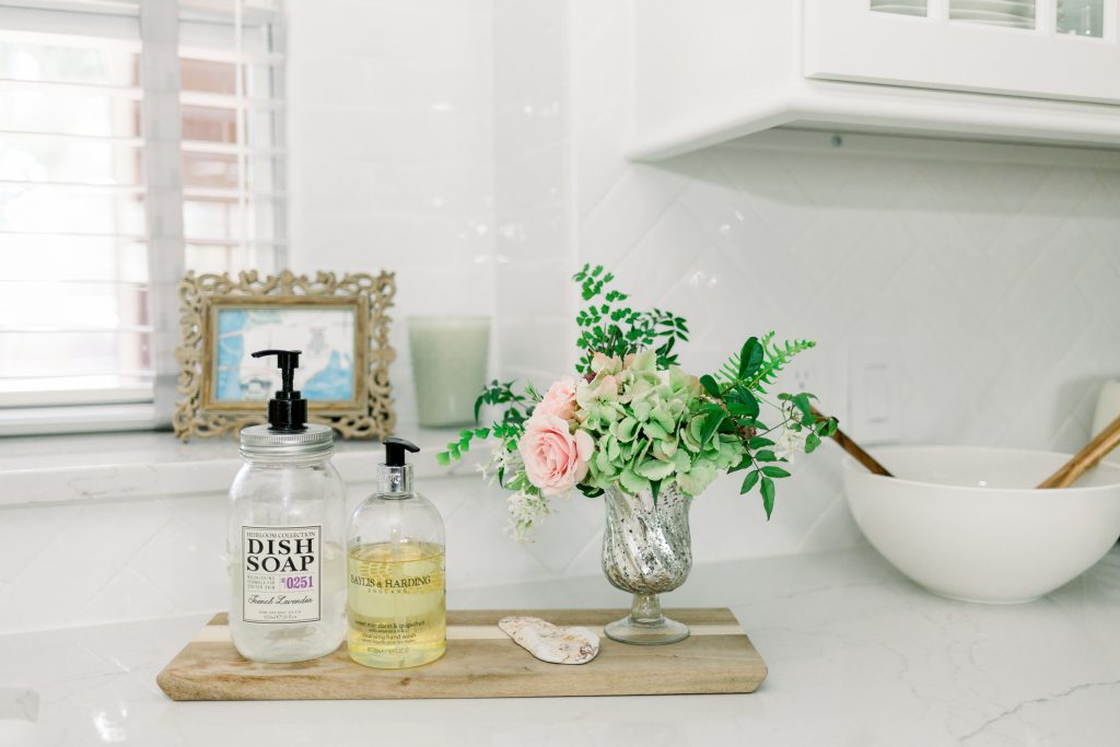 non-toxic home cleaning products for healthier kitchens